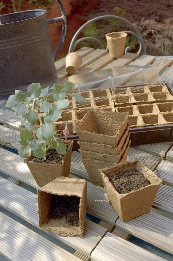Biológiailag lebomló ültető edény magvetéshez